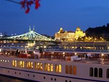 Maďarsko, Budapešť - výhled na řeku a Gellért