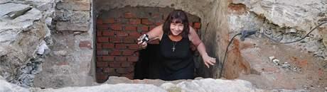 Po desítkách let byl 21. 9. 2009 odkryt sklepní prostor zámku v Blansku