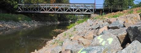 Historický železný most přes řeku Svitavu v Blansku