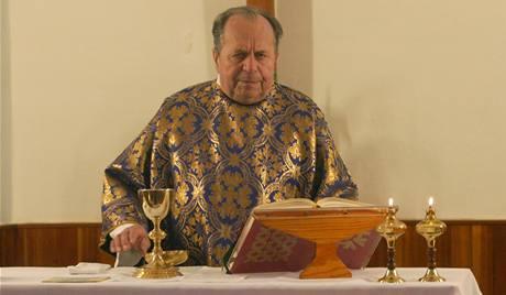 Antonín Huvar, katolický kněz a bývalý politický vězeň