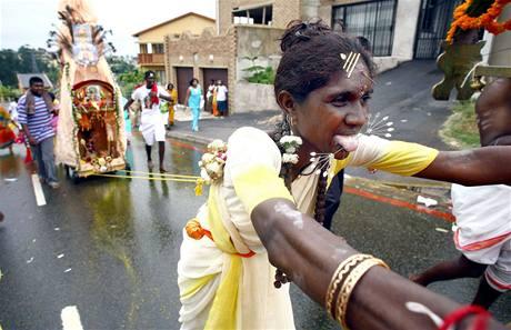 Indové oslavují hinduistický svátek nedaleko jihoafrického Durbanu. Ilustrační foto