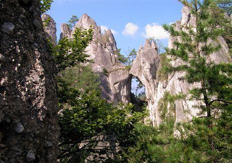 Slovensko, Súľovské skály. Gotická brána