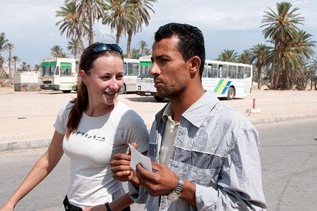 Trabantem napříč Afrikou. Mohamed. Jediný, kdo nám byl v Gabesu o ramadánu ochotný prodat jídlo