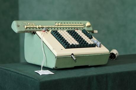 Elektrický kalkulační stroj Nisa