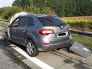 Na D1 u Brna se vznítil Renault Koleos