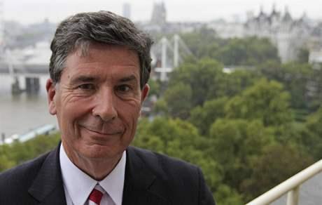Britský historik Christopher Andrew, autor nové knihy o kontrarozvědce MI5
