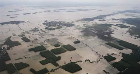 Záplavy v indickém státě Ándhrapradéš (4. října 2009)
