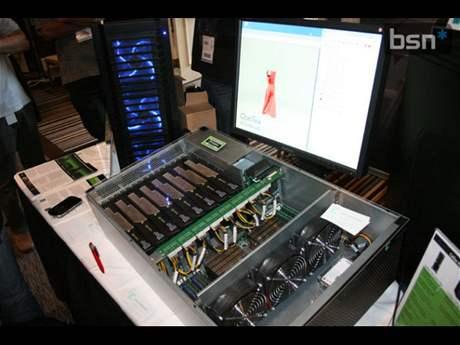 nVidia Tesla 8x v serveru