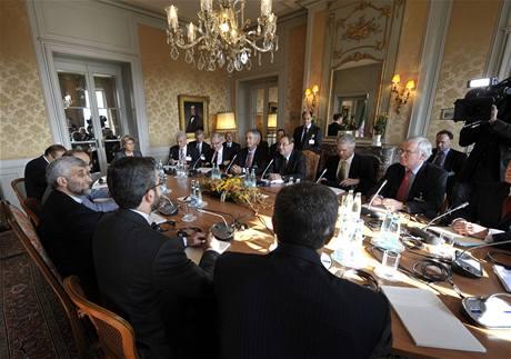 Jednání Íránu se �esti mocnostmi v �enev� (1. �íjna 2009)