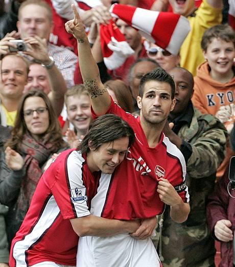 Arsenal: Cesc Fabregas a Tomáš Rosický (vlevo)