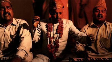 Qawal Najmuddin Saifuddin And Brothers