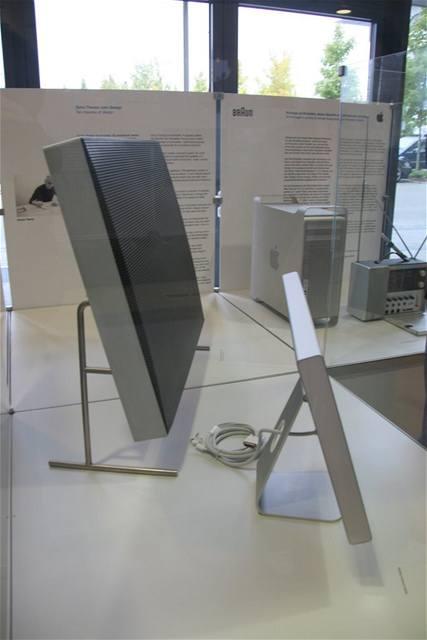 Srovnání reproduktoru Braun LE1 s Apple iMac