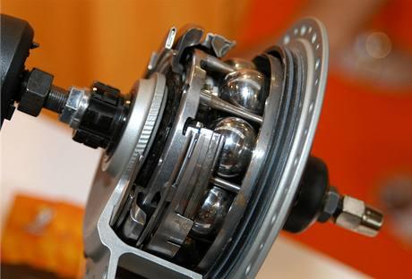 Převodovka s plynulou změnou převodu, NuVinci - Fallbrook Technologies