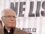 Prezident Václav Klaus s odpůrci Lisabonské smlouvy