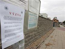 Ve Střelicích u Brna byl na zastávce autobusu ubodán muž
