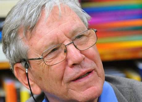 Amos Oz v Praze (15. 10. 2009)