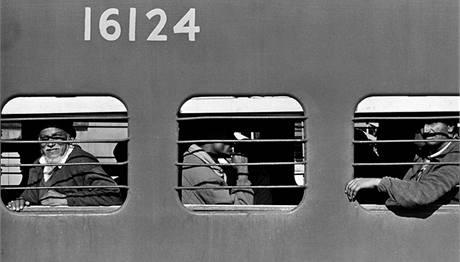 Přeplněné vlaky v Indii.