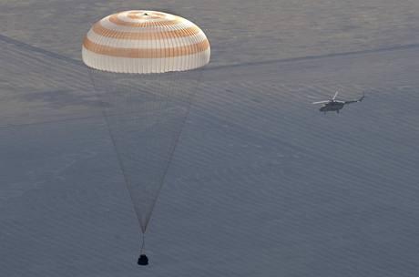 Přistání Sojuzu TMA-14 (11. října 2009)
