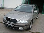 Škoda Combi stříbrná