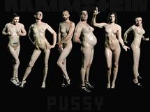 Obal singlu Pussy skupiny Rammstein