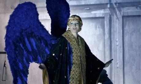 z inscenace opery Bohuslava Martinů Hry o Marii