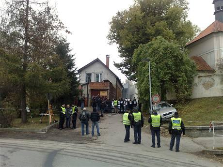 Rekonstrukce přestřelky v pražských Řeporyjích (22.10.2009)