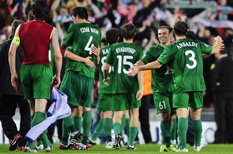 Radost fotbalistů Kazaně v Barceloně