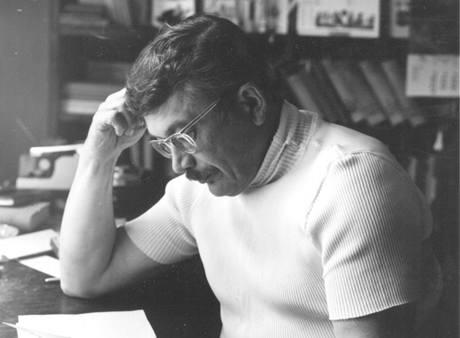 Básník Karel Šiktanc na archivním snímku z roku 1978