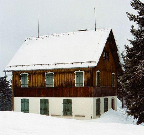 Bývalá škola v opuštěné osadě Leopoldsreut