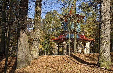 Podblanicko. Renovovaný Čínský pavilon ve Vlašimském parku