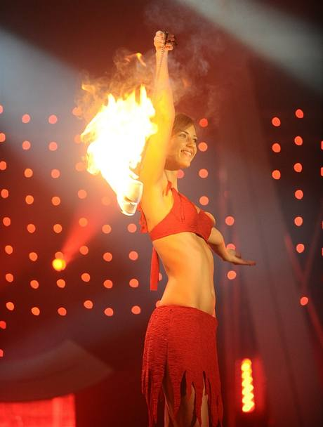 Monika Krpálková a její ohnivá show