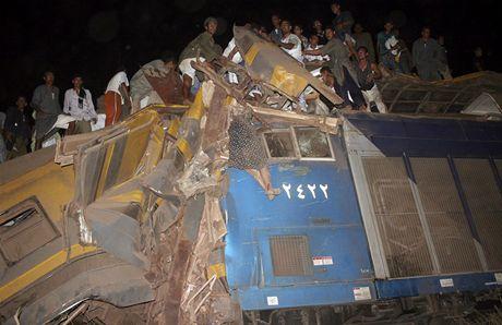 Počet obětí kolize zatím není konečný, podle egyptských úřadů však mezi nimi nejsou žádní cizinci.
