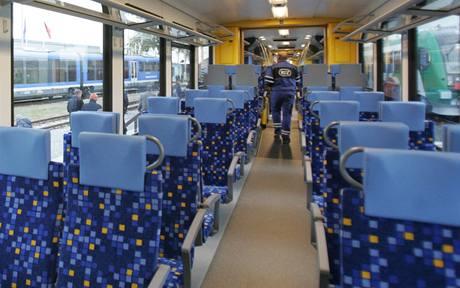 Vlak Flirt, který vyrábí mezinárodní společnost Stadler.