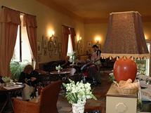 Podblanicko. Kavárna s historickým interiérem na Jemništi