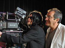 Režisér This Is It  Kenny Ortega s Michaelem Jacksonem