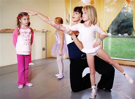 Daniela Poková se nyní věnuje malým baletkám ve své taneční školičce