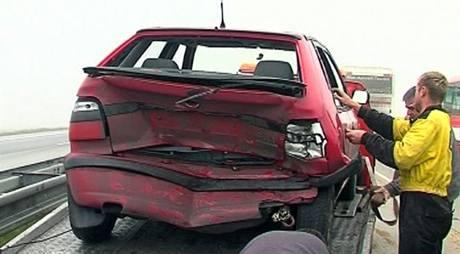 Následky hromadné nehody na Frýdecko-Místecku