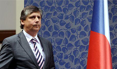 Premiér Jan Fischer zřejmě změní působiště, stane se nejspíš eurokomisařem.