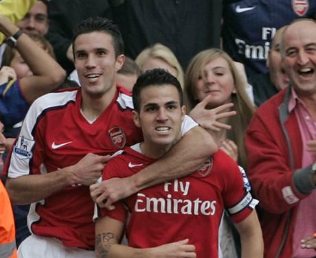 Cesc Fabregas a Robin van Persie z Arsenalu