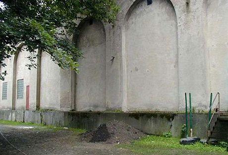 Protiletecký Háchův kryt na Pražském hradě před rekonstrukcí v roce 2008