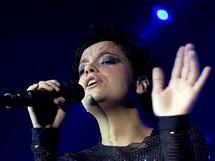 Lily Allen (Praha, SaSaZu, 30. 10. 2009)