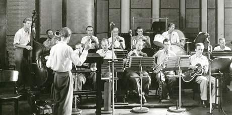 Nedatovaná fotografie ze začátků Orchestru Gustava Broma