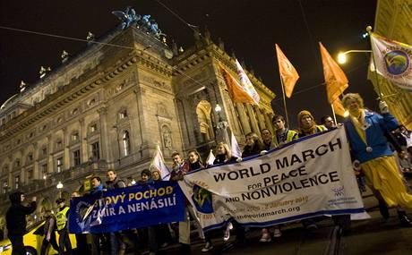 Mírpárty při příležitosti Světového pochodu za mír a nenásilí v Praze