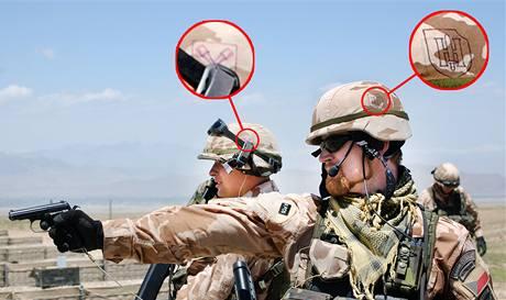 Čeští vojáci v Afghánistánu se symboly SS na přilbách.