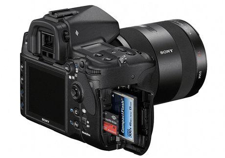 Sony Alfa 850 - dual slot CF + MS
