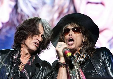 Opory Aerosmith Joe Perry a Steven Tyler, v 70. letech známí též jako Toxic Twins