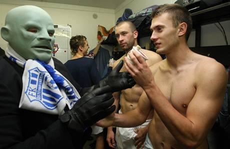 Ústí nad Labem: Fantomas v kabině hráčů