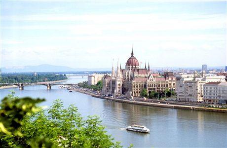 Maďarsko, Budapešť, budova parlamentu