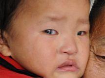 Wan Pan-čching se po dvou letech setkal se svým synem (2. 11. 2009)