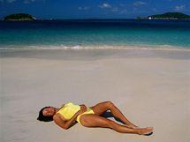 Pláž, dovolená - ilustrační foto